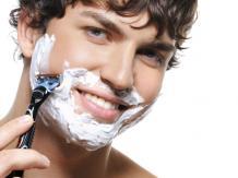 Pielęgnacja - dlaczego warto golić się pod gorącym prysznicem