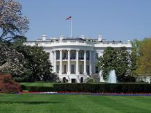 Pretendenci do Białego Domu grożą Iranowi